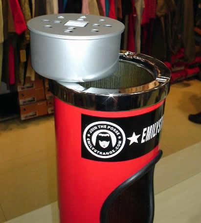 专为sk8er设计的立式垃圾桶